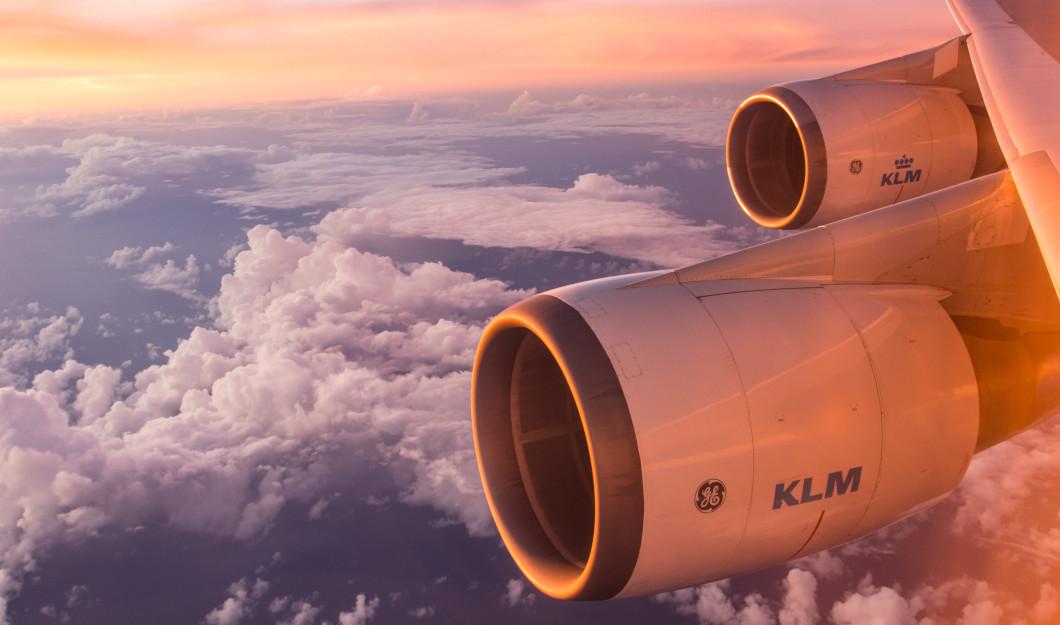 Flugzeug - Quelle: unsplash.com - Emiel Molenaar