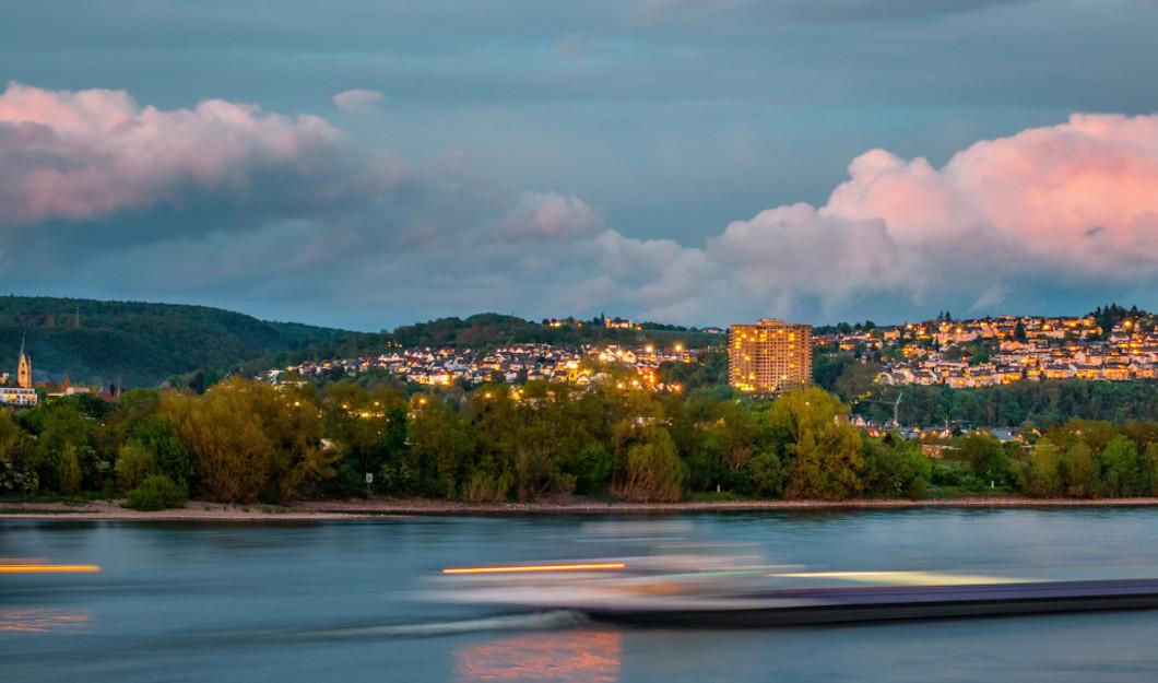 Der Rhein ist mit Mikroplastik belastet - Quelle: pixabay.com - Kookay