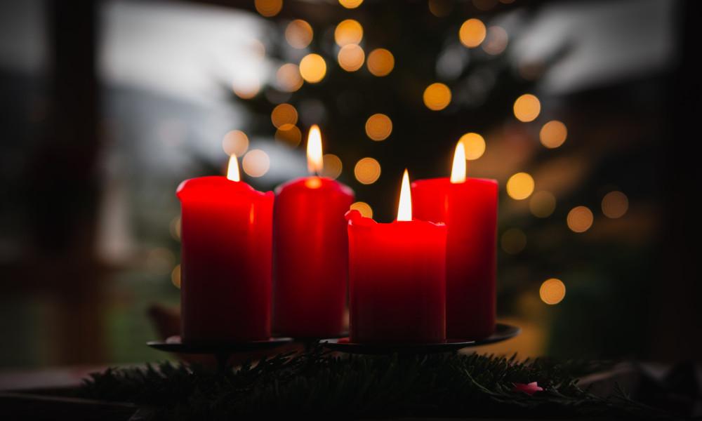 Weihnachten: unsplash.com - Max Beck